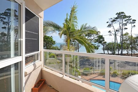 Absolute Waterfront - Ocean Views - Wohnung