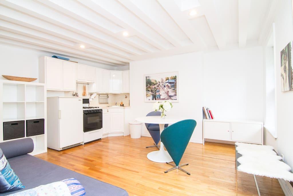 Soho Apartment Stylish & Central