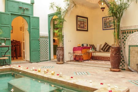 YOUR PRIVATE 3 BEDR. RIAD, AN EXCLUSIVE RENTAL! - Marrakesh - House