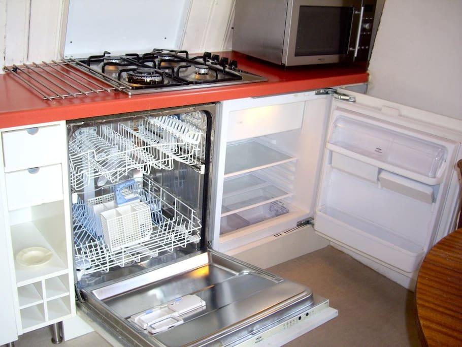 fridge, dish washer