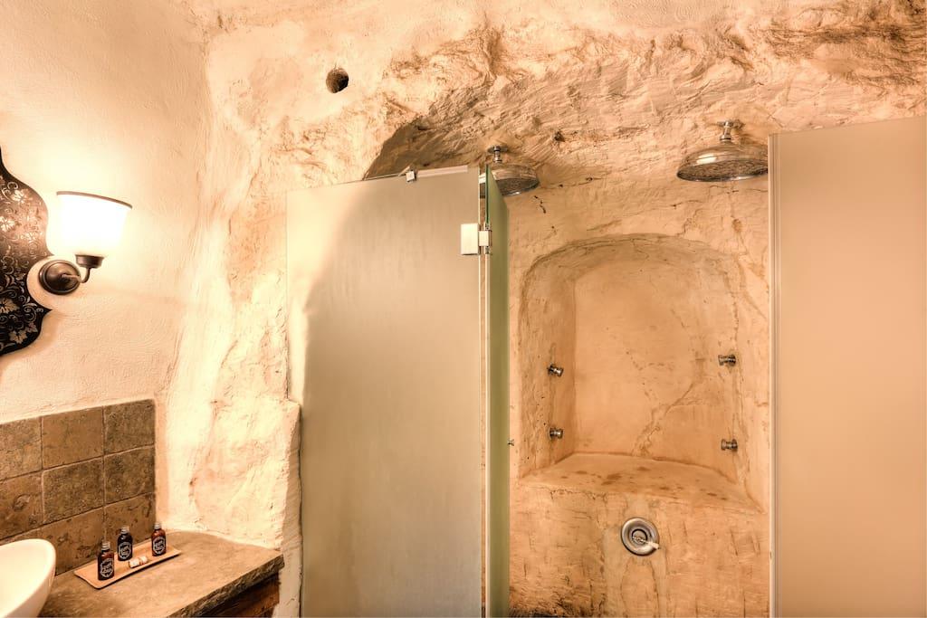 columbariu  Rosmarin cave