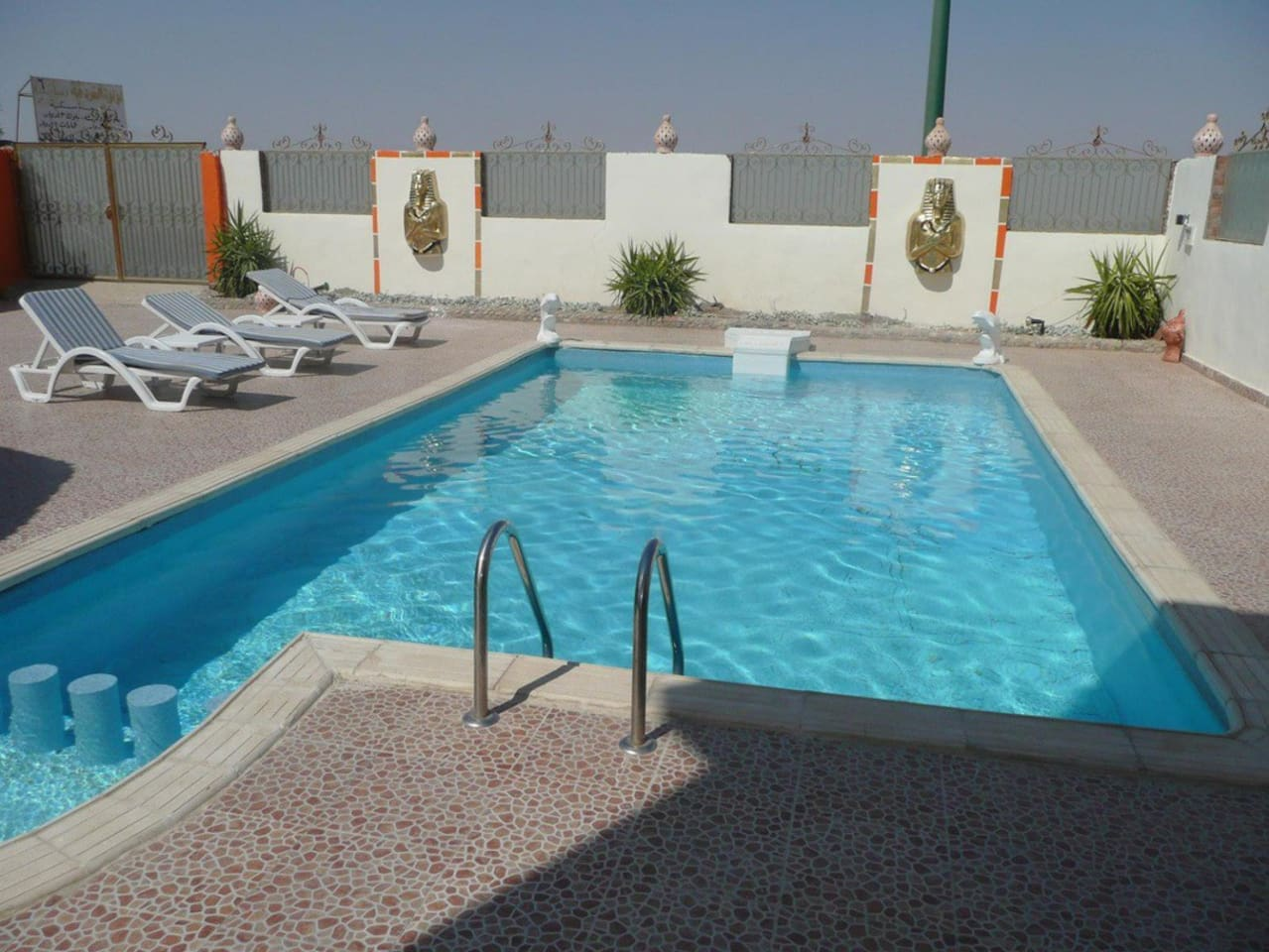 villa with private pool 10 persons