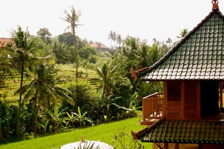 Bungalow on the ricefield - Kuta - Bed & Breakfast