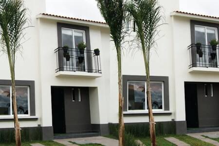Casa renta cuartos Aguascalientes - Aguascalientes Municipality - Casa