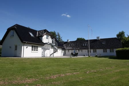 Absalon Ørskov B&B i Broby - vær 1