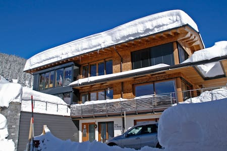 Lech am Arlberg, App. Haus Dr.Muxel