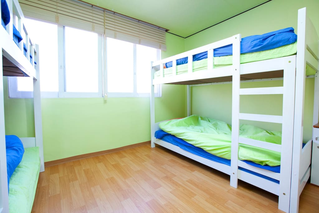 Ultari House-1min from HongIk Univ.