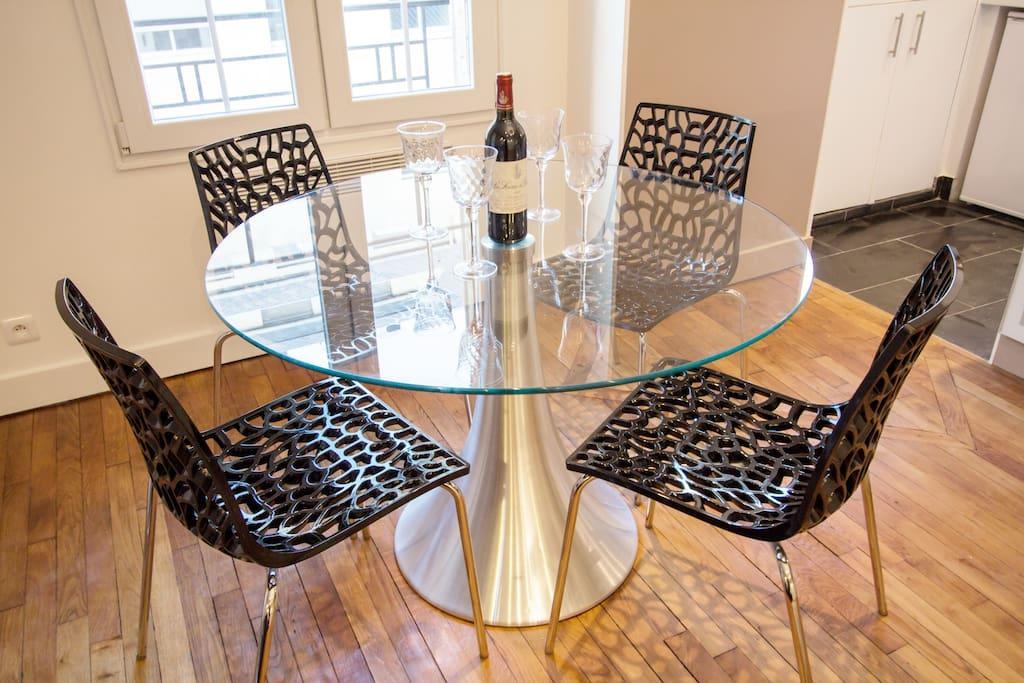 flat paris porte de versailles apartments for rent in. Black Bedroom Furniture Sets. Home Design Ideas