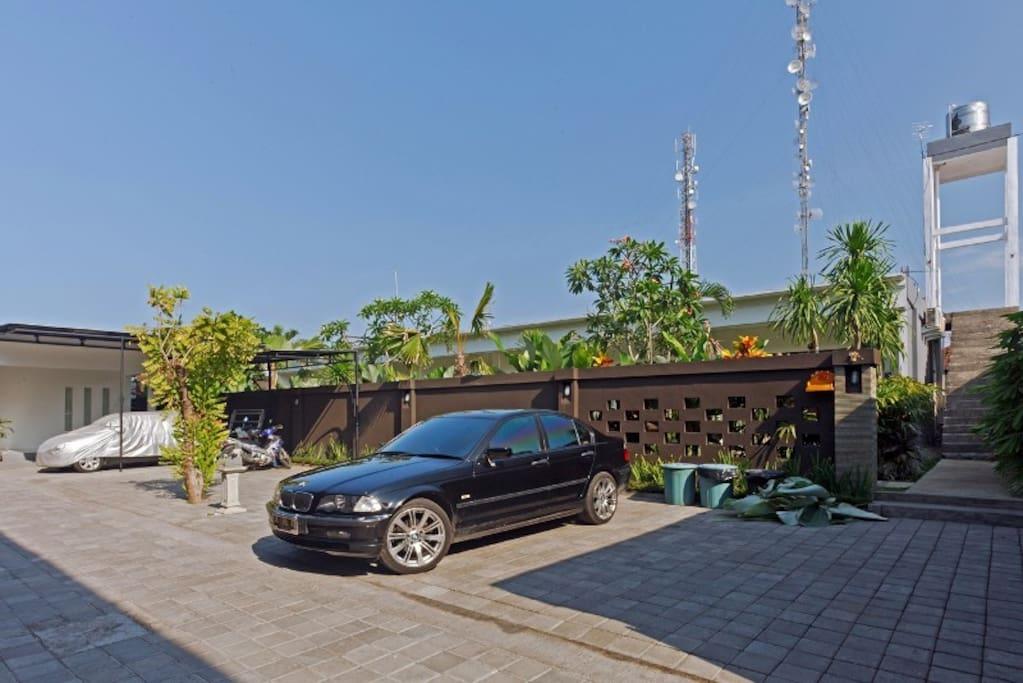 KUBU TAMAN GUEST HOUSE