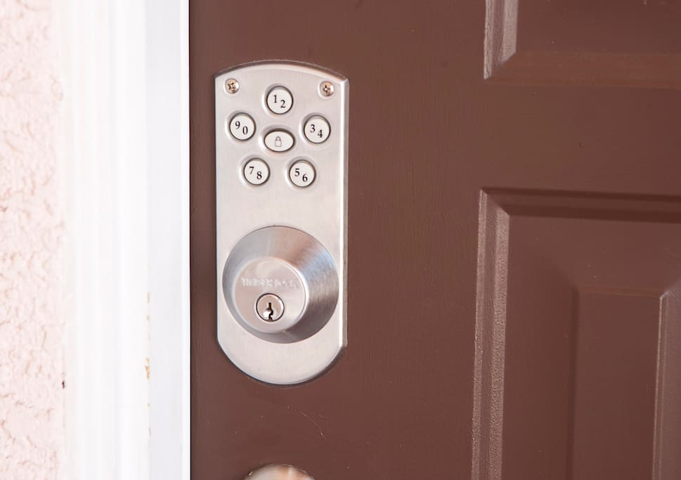 front door lock is coded for each guest.  (no keys to worry about)