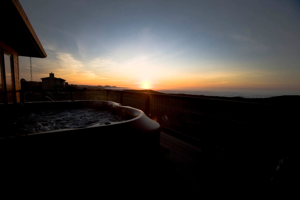 Hot tub at sunset.  Tub is a nice well maintained Jacuzzi model that seats 5 comfortably.  Enjoy the sunset!