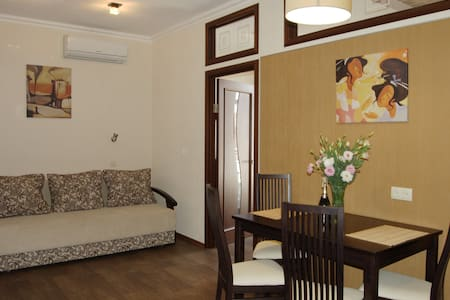 3к квартира, люкс, центр Харькова  - Kharkiv - Apartment