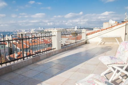 Old Istanbul  view/ quiet  terrace - Istanbul - Appartement