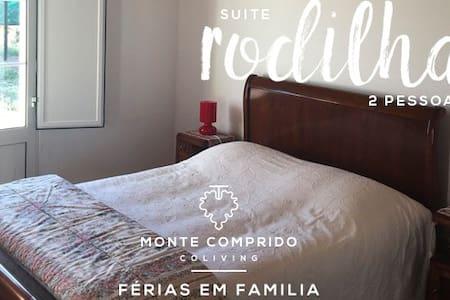 """Monte Comprido - Room """"Rodilha"""" - Vale Santiago - Bed & Breakfast"""