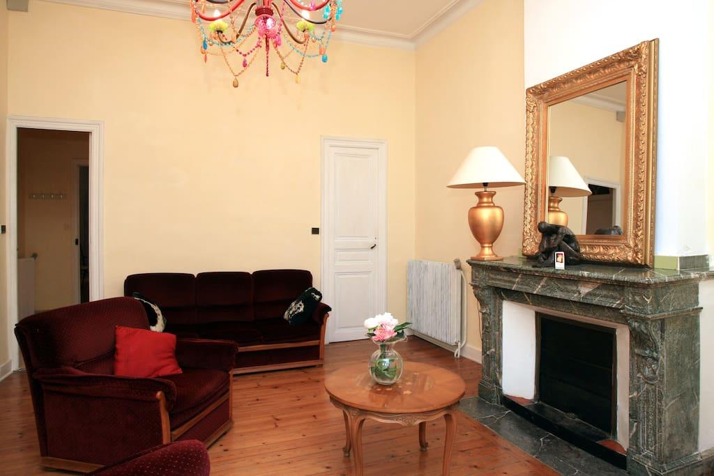 Apartment Camelia front Old Castel