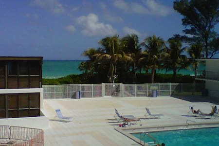 2br/2ba/2story loft on Miami Beach