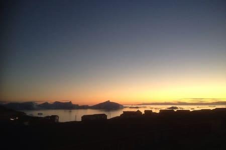 Værelse tæt på isfjorden - Ilulissat - Villa