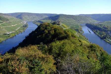 Staying at a winery on the Mosel - Reil