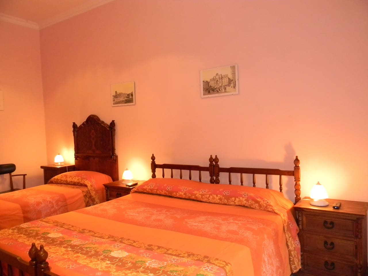 Private room with three single beds (two single beds arranged into a double)