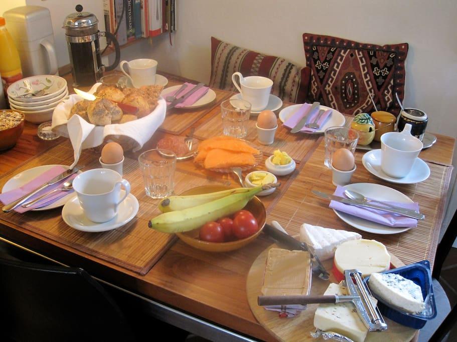 The BB-House - Breakfast table in the kitchen - Breakfast is optional (+DKK 75,00)