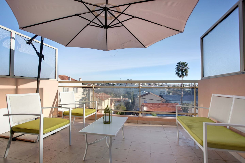 Beautiful 2rooms riviera sea &pool