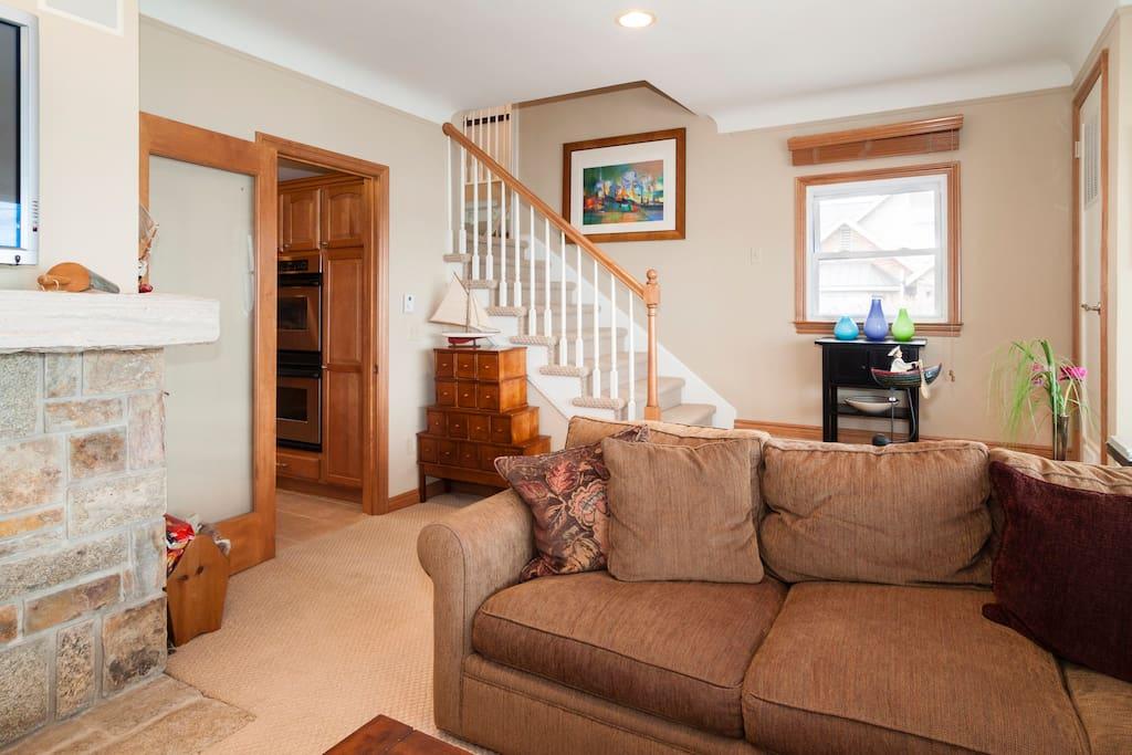 Luxury and Comfort on Walnut Lake