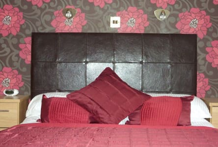 Modern double room, village centre - Bed & Breakfast