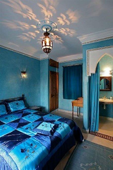 chambre yasmina( bleue)