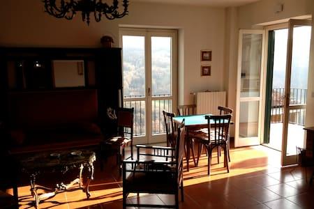 Deliziosa casa Dolomiti Lucane - Appartement
