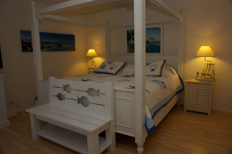 Master Bedroom - Just Across from Salt Creek Beach!