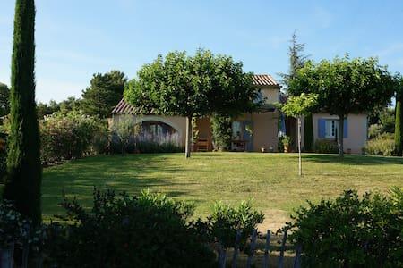 Charming villa next to the Ventoux - Saint-Pierre-de-Vassols