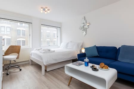 Central Soho Luxury 5* with Air Conditioning! - Pis