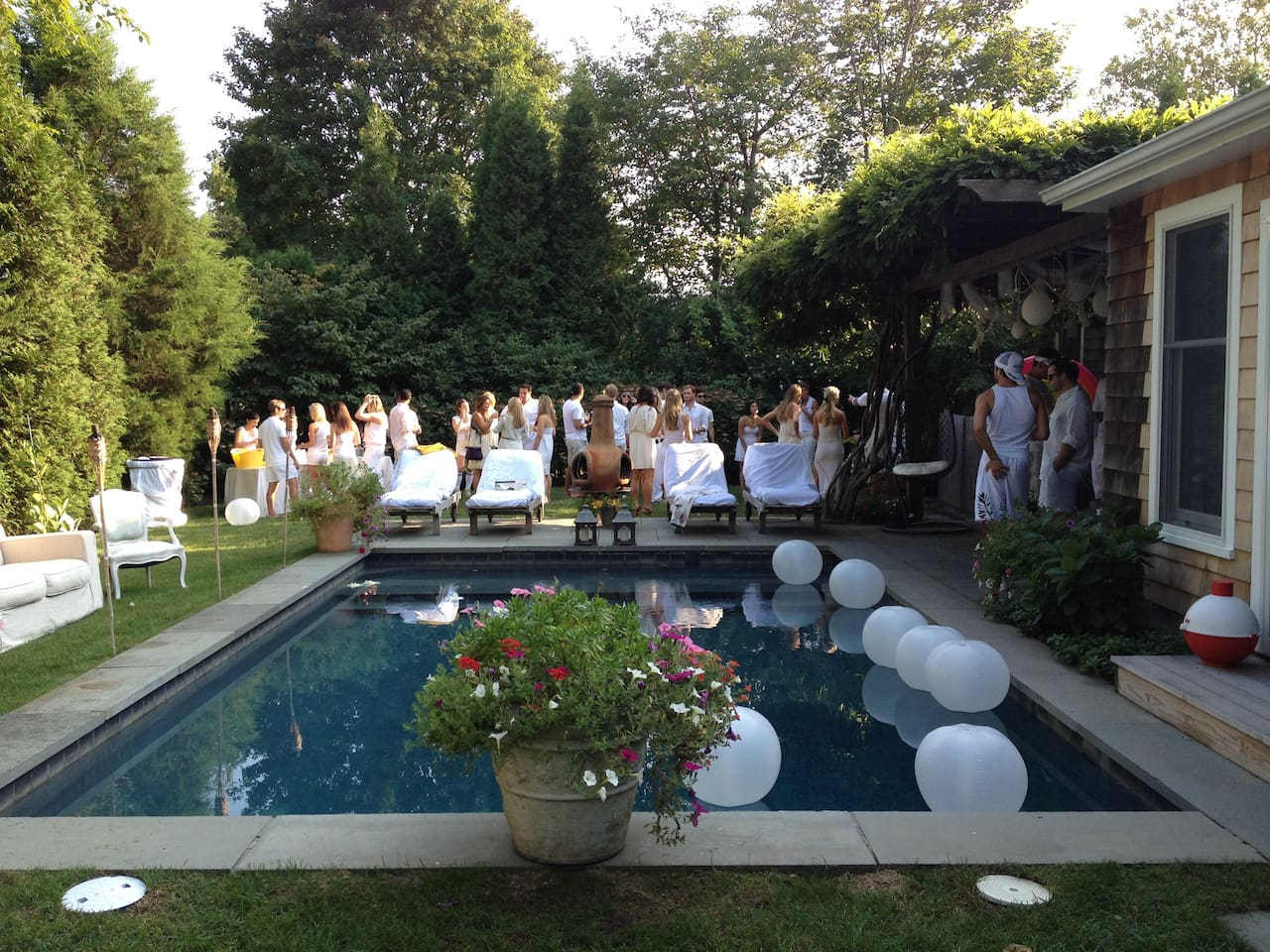 perfect for summer time getaways or relaxing family vacations-in the heart of east hampton