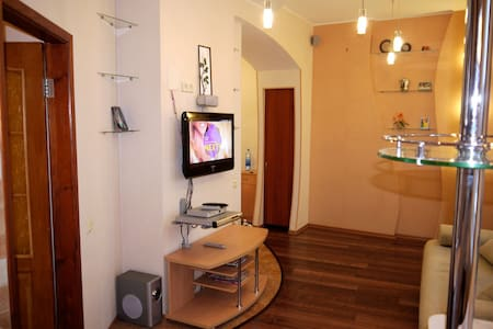 CENTER OF KHARKOV: 1BED APARTMENT