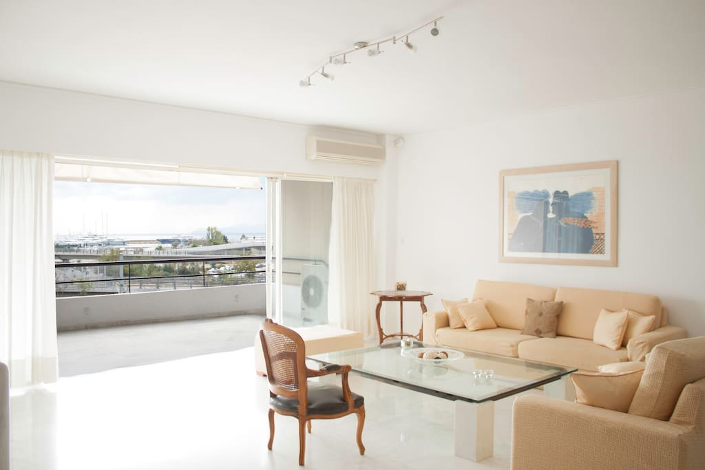 Astonishing Apt in Athens-Sea View