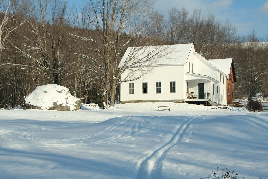 Vermont Country House with cross-country skiing right outside the door!
