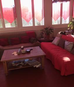 Chambre grand lit , val de Durance - Château-Arnoux-Saint-Auban