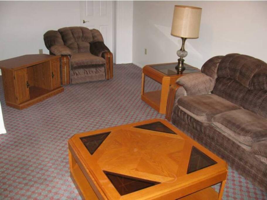 Super Clean 4 BDRM Furnished Home