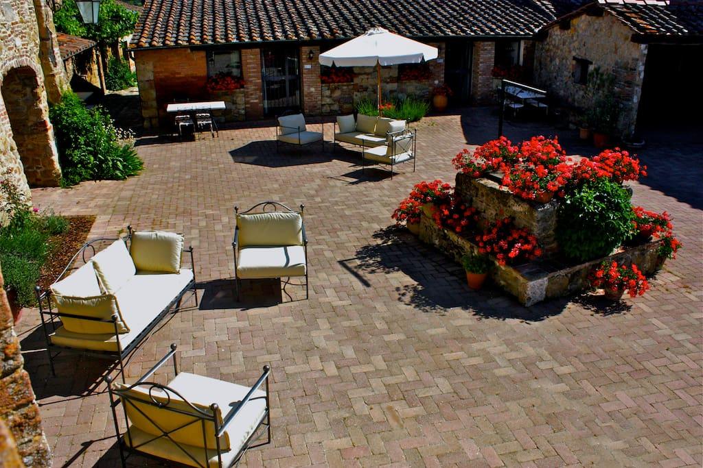 TIMO facing the tuscan courtyard!