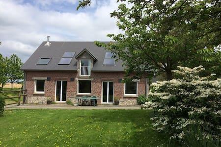 Gîte spacieux au calme  à Autretot pour 6 pers - Haus