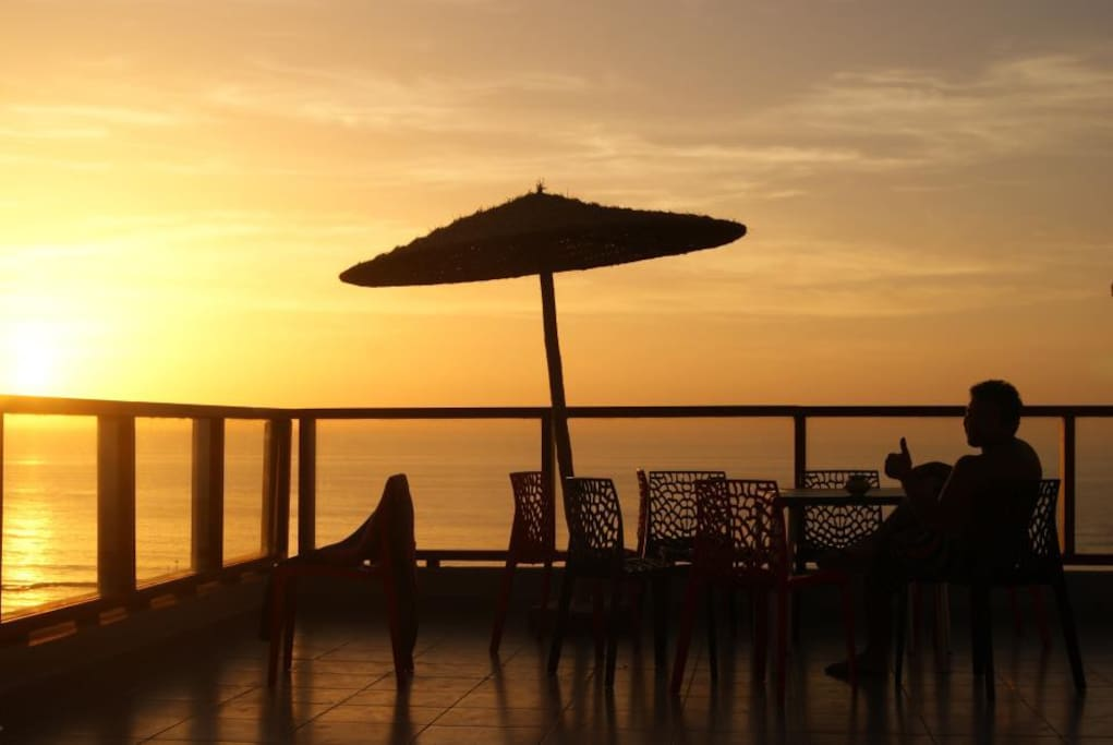 Best SunSet From the terrace of Imsouane Surf House