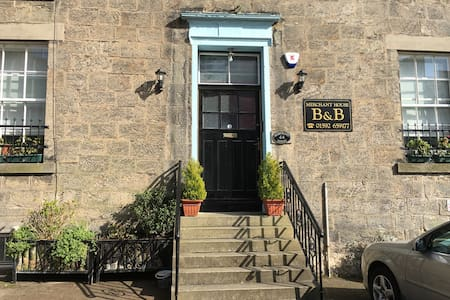 Merchant House B&B - Bed & Breakfast