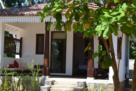Aga surf view - Tangalle