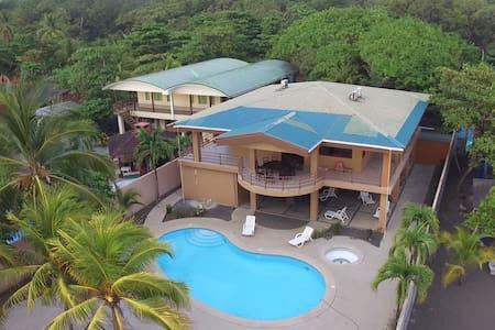 Ocean Front Beach House Costa Rica - Ház