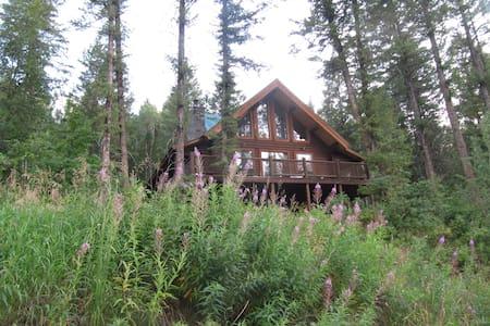 Great Log House in Alpine, Wyoming - Cabane