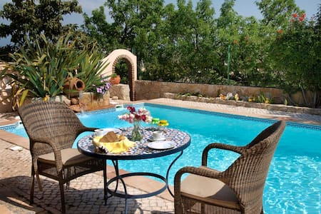 Lagos - Breakfast on the Pool! - Lagos - Bed & Breakfast