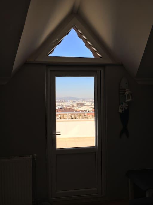 Room terrace view / İçerisen odanın kapısı ve manzara
