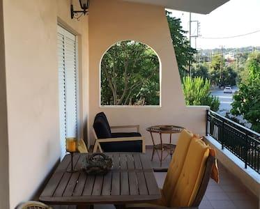 Mountain view Villa with Garden - Porto Rafti - Villa