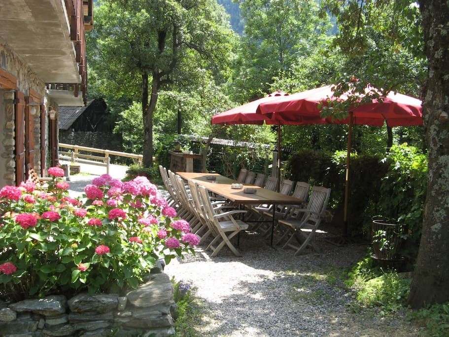Garden: in summer we eat at this table