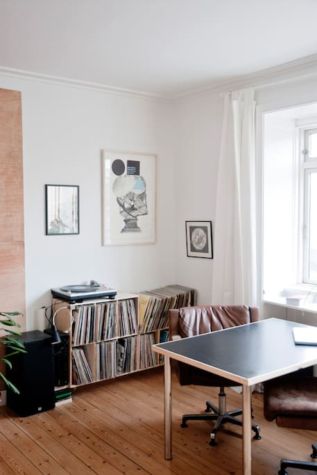 Light cosy apt next by Nørrebro st.
